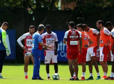 Em treino matinal, Carpegiani trabalha parte tática do Bahia