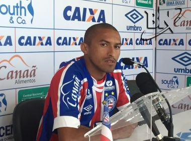 'Vou honrar a camisa tricolor', diz Nino Paraíba em apresentação