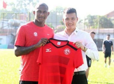 Emprestado ao futebol do Vietnã, atacante do Bahia renova até 2019