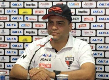 Técnico do Atlético-GO, Marcelo Cabo está desaparecido, diz rádio