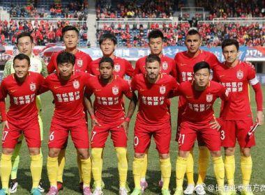 Marinho celebra primeira vitória no Campeonato Chinês