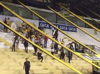 Criciúma repudia cânticos de torcedores contra a Chapecoense: 'Abastece o avião'