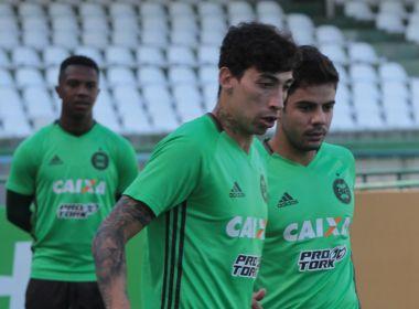 Coritiba terá duas mudanças para encarar o Vitória; Alecsandro não viaja