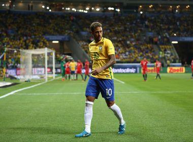 Neymar critica árbitro por cartão amarelo recebido: 'Para o meu lado nunca é a favor'