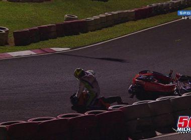 Briga entre pilotos marca corrida de kart em São Paulo