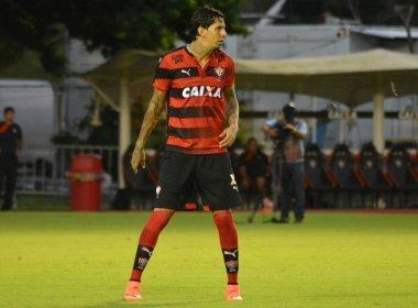 Em nota, Vitória sai em defesa de Victor Ramos e presta apoio ao zagueiro