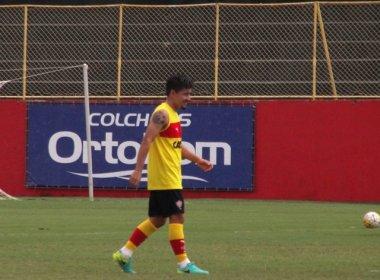 Mancini comanda trabalho tático e testa Cárdenas no time titular; VR3 fica na academia