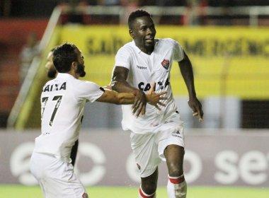 Após triunfo sobre o Sport, Kanu elogia Gallo: 'Deu outra cara à equipe'