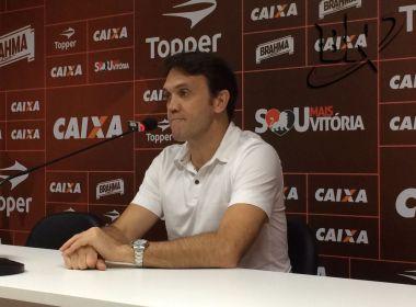Petkovic diz que Vitória pode anunciar 'mais dois ou três jogadores' para o Brasileirão