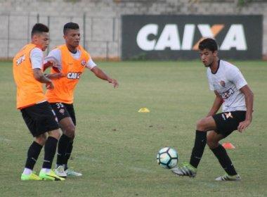 Vitória inicia preparação para pegar o Palmeiras; Bruno Bispo é reintegrado