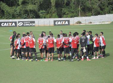 Reapresentação do Vitória tem conversa e treino com bola para os reservas