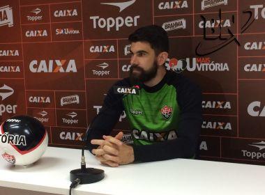 Fernando Miguel ignora parte política do Vitória e garante foco no Flamengo