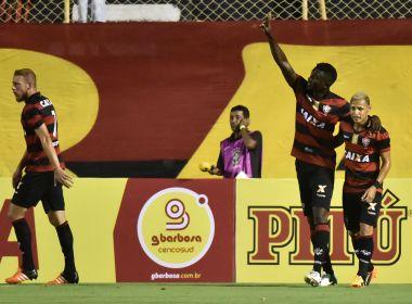 Sem dificuldades, Vitória goleia Ferroviário no Barradão