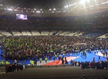 Em jogo de rúgbi, Stade de France reabre neste sábado após atentados em Paris