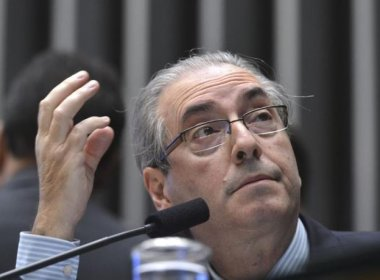 Planalto abandona Cunha às vésperas da votação de cassação