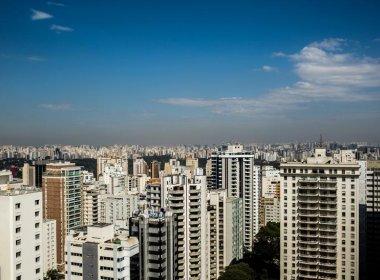 Quase 200 países chegam a acordo global para reduzir uso de gases estufa