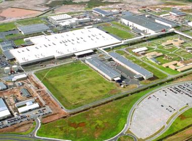 Ford decide reabrir 3º turno em fábrica de Camaçari em fevereiro de 2017