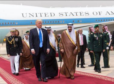 EUA: Em discurso, Trump vai pedir apoio aos muçulmanos no combate ao terrorismo