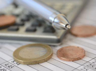 Pesquisa mostra que brasileiro inadimplente deve três vezes o salário mínimo