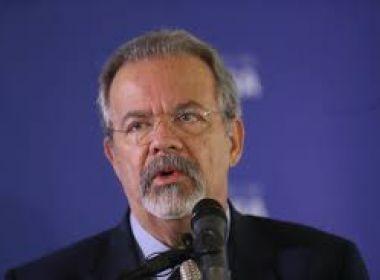 GOVERNO NÃO DESISTIU DE MANDADOS COLETIVOS
