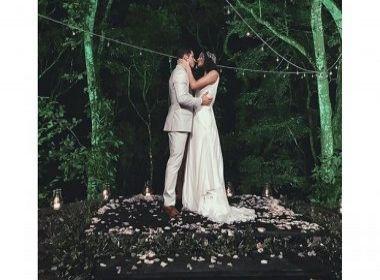 Débora Nascimento e José Loreto fazem casamento surpresa para pais e amigos