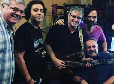 São João? Alavontê grava CD especial de Natal para núcleo de ajuda a pessoas com câncer