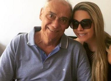 Filhos de Rezende trocam fechaduras para que namorada do pai não entre em casa, diz jornal