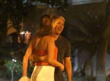 Após Fátima, Bonner é fotografado em clima de romance com namorada