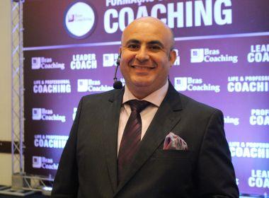 Master Coach Moisés Ribeiro ministra palestra  na sede da OAB-BA