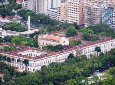 Justiça bloqueia contas da UFRJ para garantir pagamento de salários atrasados