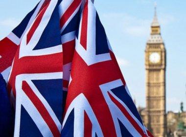 Inglaterra quer perdoar homossexuais condenados por atentado ao pudor