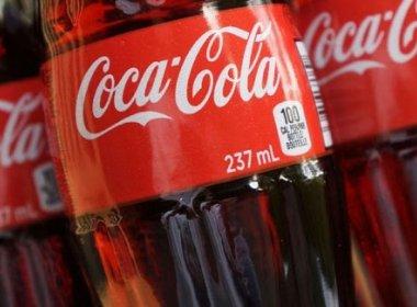 TJ-BA condena Coca-Cola a indenizar cliente que achou 'corpo estranho' em refrigerante