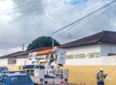 Belmonte: Estudantes sofrem queimaduras após cabo de energia cair em frente à escola