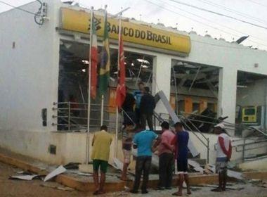 Utinga: Grupo explode banco e deixa agência destruída; mesmo local foi atacado em 2015