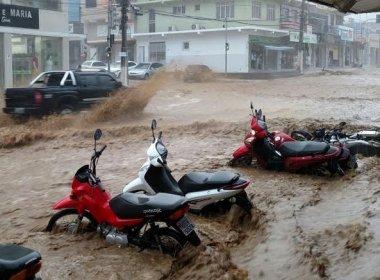 Fortes chuvas atingem Jaguaquara e provocam estragos na cidade