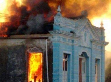 Cachoeira: Após um mês de incêndio, crianças são liberadas do IML