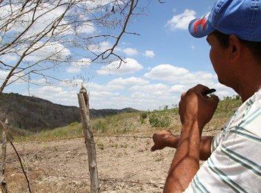 Conquista: Sedur entrega 450 títulos de terra