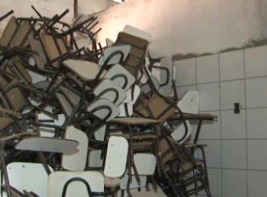 Casa Nova: Materiais escolares novos são encontrados em abandono