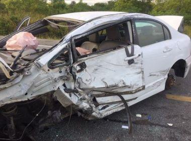 Acidente entre três veículos deixa duas pessoas feridas na BR-116