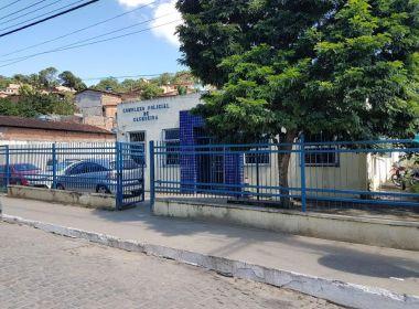 Cachoeira: Grupo atira em delegacia; ato seria retaliação contra prisão de traficantes