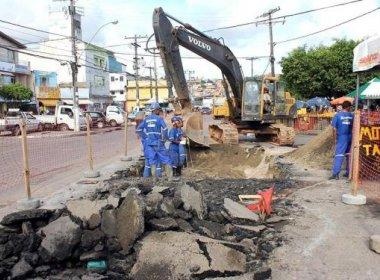 Prefeitura e Embasa divergem sobre reparação de asfalto em ruas de Salvador