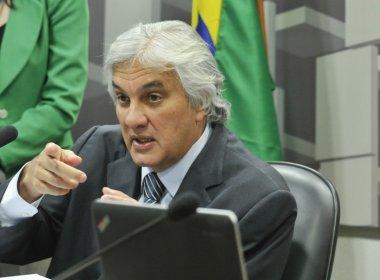 EX-MINISTROS DESVIARAM 45 MILHÕES PARA O PT E PMDB