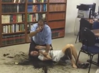 Homem invade fórum em São Paulo com explosivos e mantém juíza refém; veja