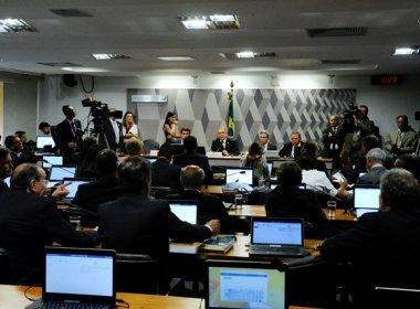 Comissão especial no Senado aprova admissibilidade do processo de impeachment