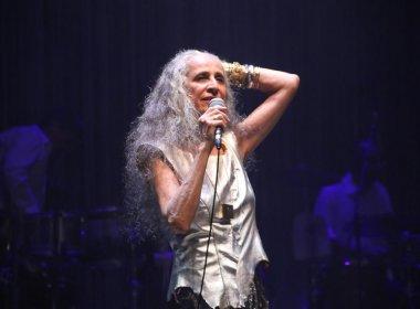 Maria Bethânia emociona público em reabertura da Concha Acústica