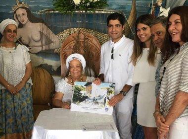 Prefeito ACM Neto entrega projeto de centro comunitário do Gantois
