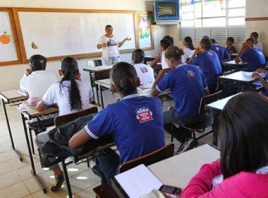 Prometido em 2015, concurso para professores não será feito por conta do limite prudencial