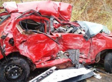 Mulher morre em acidente ao voltar de velório do filho no interior da Bahia