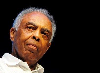 Gilberto Gil comemora 74 anos em casa após sete dias de internamento