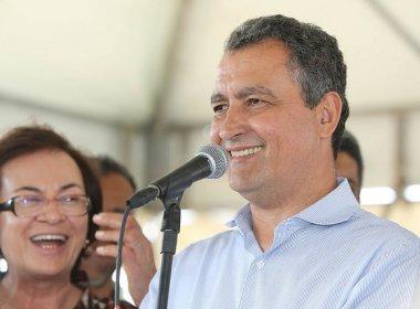 Com menos divisão de holofote, governador deve capitalizar obras no período eleitoral